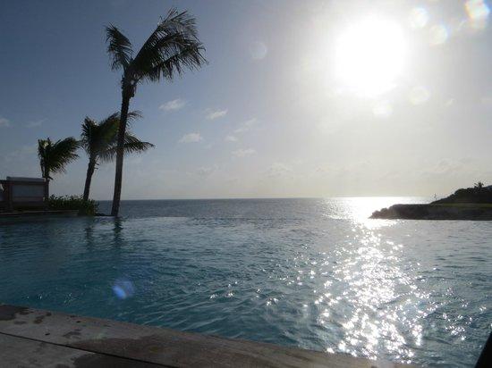 The Cove Eleuthera: infinity pool