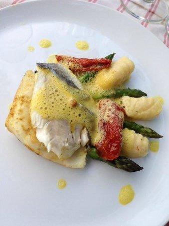 Hotel Restaurant des Deux Rocs : Main course - fish