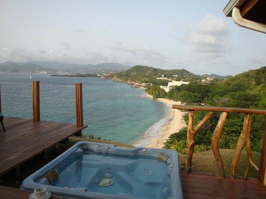 Maca Bana : deck view