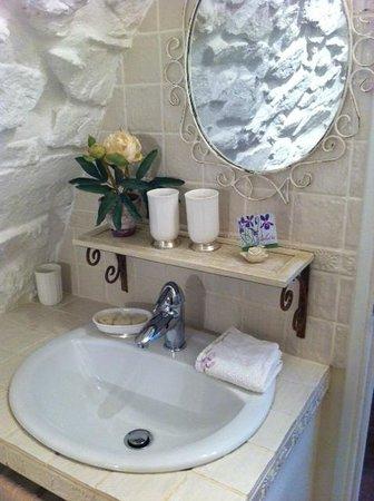 La Vieille Bergerie : Bathroom
