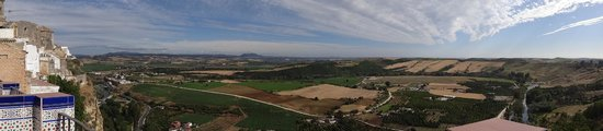 Hotel El Convento: Andalusian countryside views