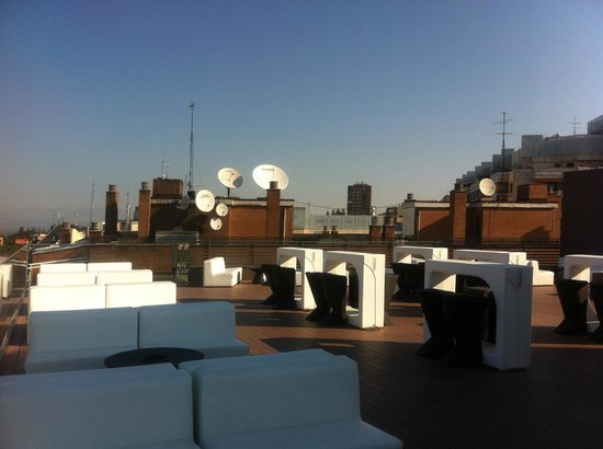 Hotel Exe Moncloa: Roof terrace with pool