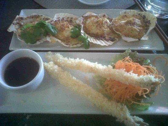 Fushin: Spicy baked Peruvian scallops & Tempura prawns