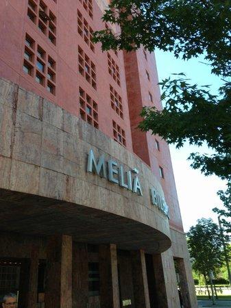 Melia Bilbao: esterno hotel