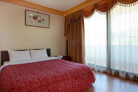 Gapyeong Seorak Tourist Hotel: Family room