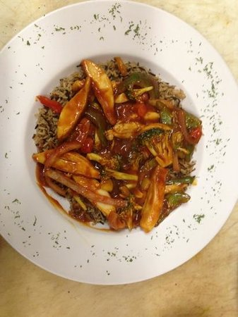 Brewery Bay Food Company: Sweet and Spicy Chicken Stir Fry