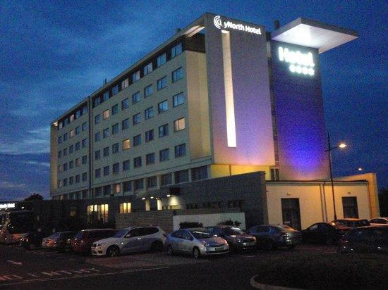 CityNorth Hotel: The Hotel at Night 2