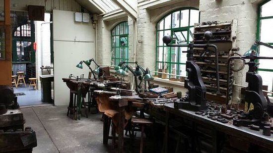 Museum of the Jewellery Quarter: One of the workshops in the factory