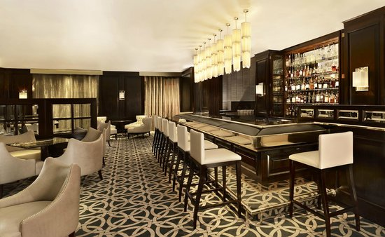 The Park Tower Knightsbridge, A Luxury Collection Hotel, London : The Hyde Bar at The Park Tower Knightsbridge