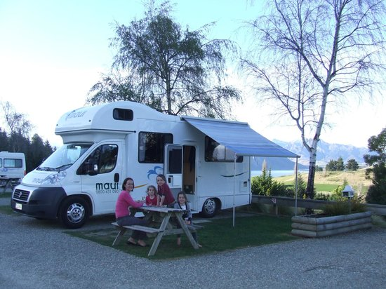 Wanaka Top 10 Holiday Park: Campervan Sites