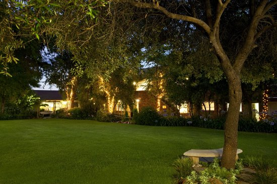 CedarWoods of Sandton: Gardens