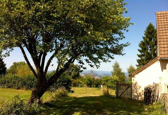 Relais de Dettey: View towards Morvan