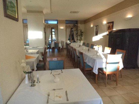 Hotel Hasik: La sala ristorante dell'Hasik