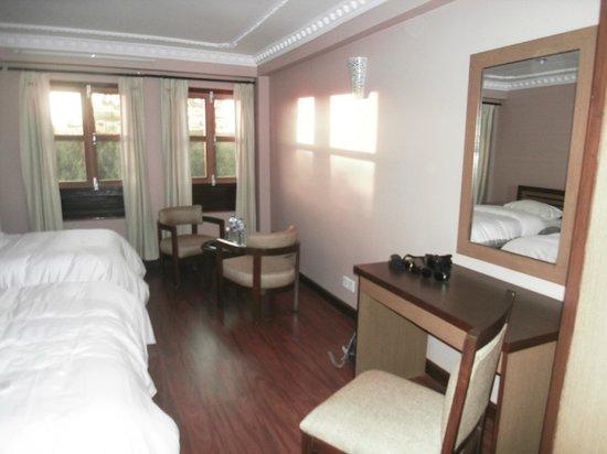 Sweet Home Bhaktapur: Comfort setting table