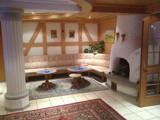 Hotel Bergheim: The Hotel Lobby