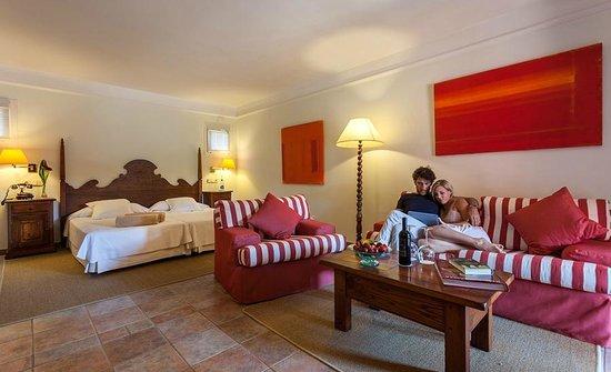 Hotel Cala Sant Vicenç: Habitación Junior Suite
