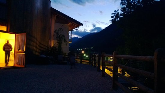 Benny Bio Hotel : Il giardino di notte