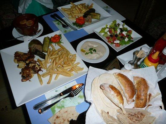 Jana: Last night dinner in Luxor