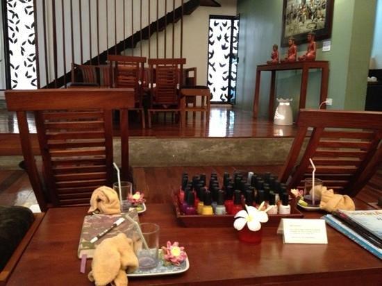 Frangipani Spa: nail art