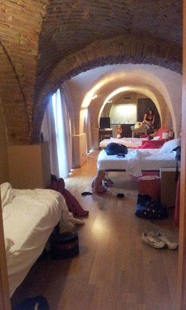 Relais Palazzo Paleologi: Tight, long room, not a suite as we know it