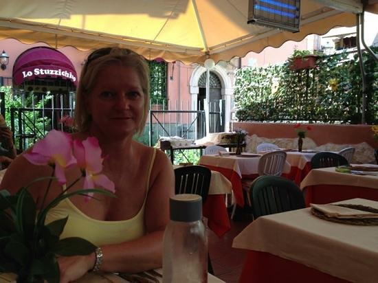 Lo Stuzzichino: lovely food and people