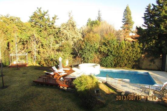 Lares de Chacras: jardin y pileta climatizada por el sol!!! desde Agosto
