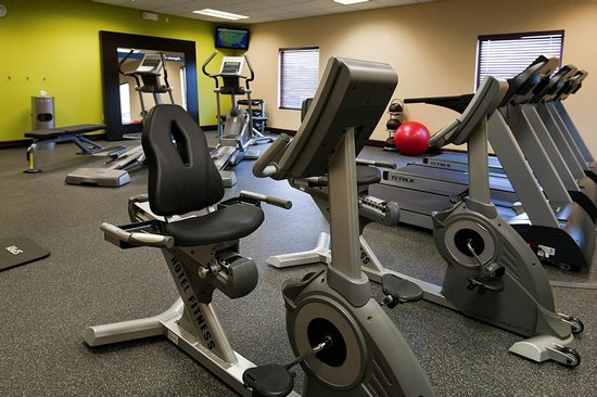 Hampton Inn Rochester-Irondequoit : Fitness Center