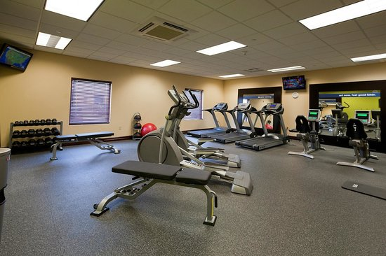 Hampton Inn Rochester-Irondequoit: Fitness Center