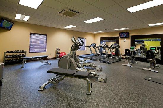 Hampton Inn Rochester-Irondequoit : Fitness Center