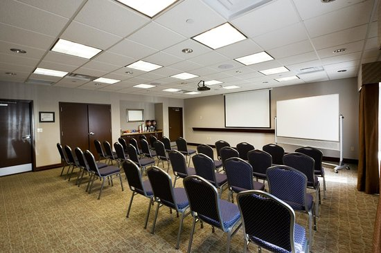Hampton Inn Rochester-Irondequoit: Theater Style