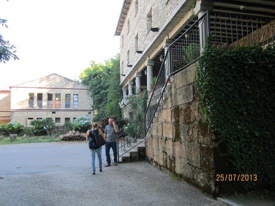 Las Batuecas: In front of the Hotel's facade.