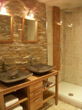 le logis de gerberoy : La salle de bain