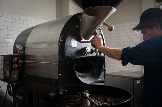 Six Depot Roastery and Cafe: the roaster