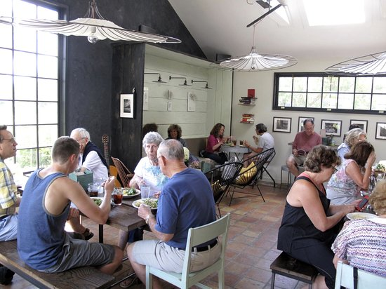 Six Depot Roastery and Cafe: the cafe