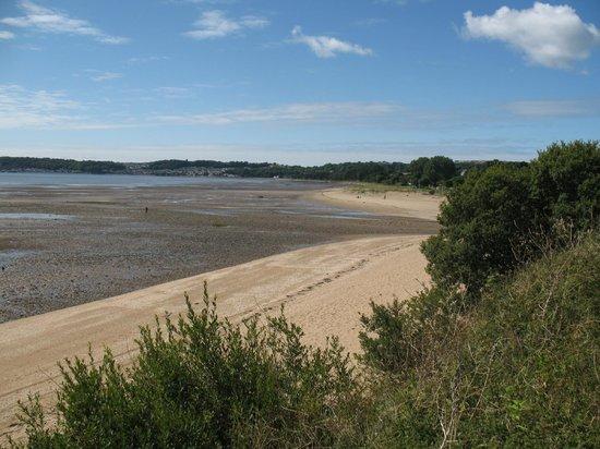 Mercure Swansea: Beach walk to the Mumbles