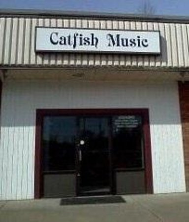 ‪Catfish Music‬