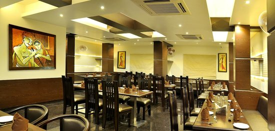 Hotel Shree Narayana: Multi- Cuisine Family Restaurant