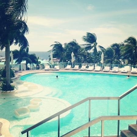 Movenpick Hotel Mactan Island Cebu : that breeze