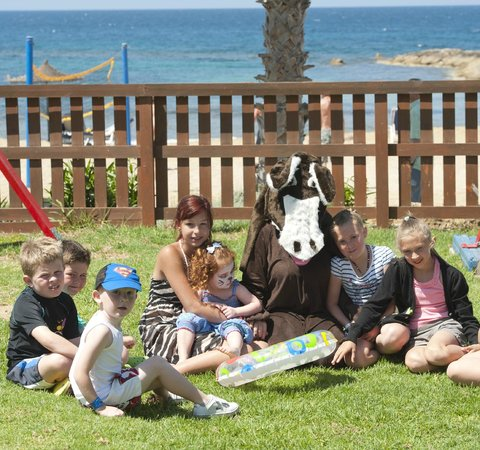 Louis Ledra Beach : Children Activities