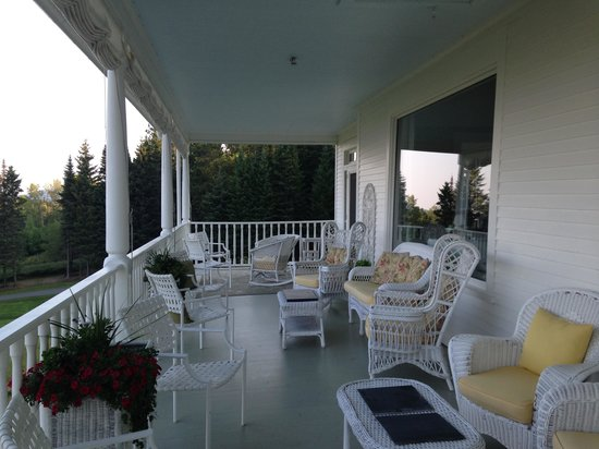 Blair Hill Inn: Porch