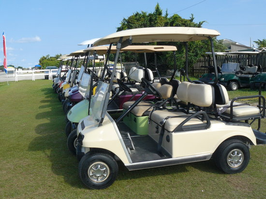 ‪Community Golf Carts‬