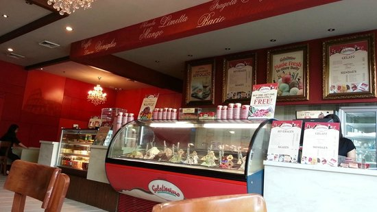 Gelatissimo North Triangle : Gelatissimo Trinoma branch - Fave Hangout after Movie