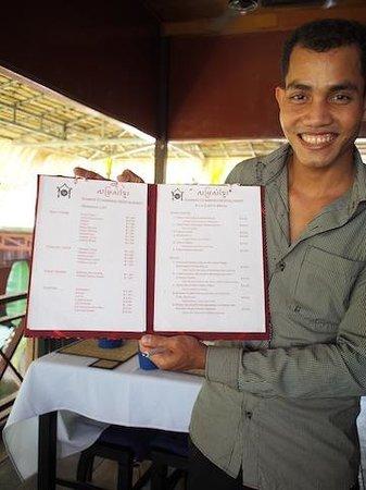 Khmer Charming Restaurant: Friendliest waiter in Cambodia