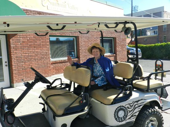 Butte Urban Safari Tours (B.U.S.T.): The electric cart used in the tour