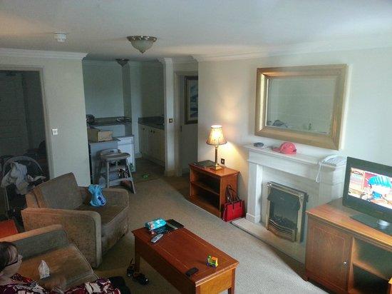 Bracken Court Hotel: Room 412