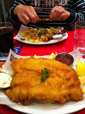 Fish and chips picture of london fish chips london for Fish and chips london