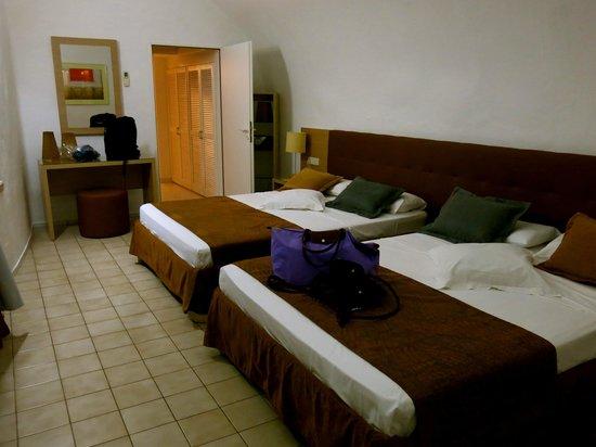 VIK Suite Hotel Risco del Gato : Doppia camera matrimoniale