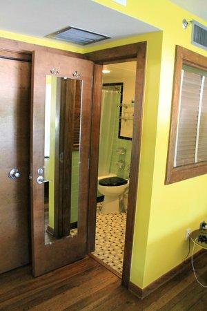 Pelican Hotel: bagno