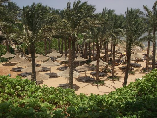 Nubian Village Hotel: private beach
