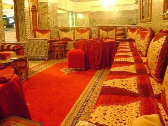 Moroccan House Hotel Casablanca: Salão do Breakfast